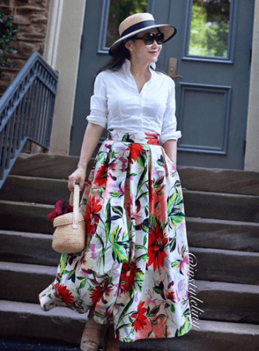 skirts-for-a-road-trip-370x500 Road Trip Essentials–20 Best Outfits For Traveling in Summers