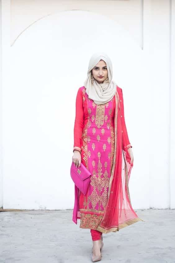 15-Hijab-pretty-in-pink 30 Ways to Wear Hijab with Indian Ethnic Wear