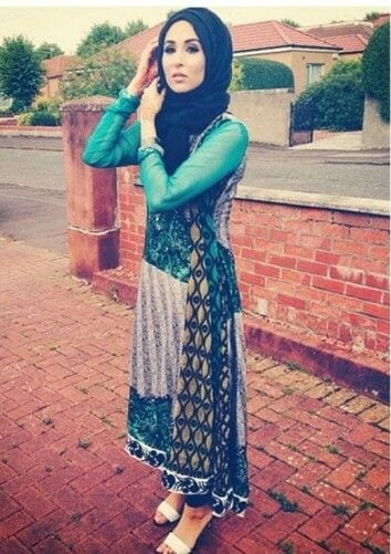 5-Hijab-in-blue 30 Ways to Wear Hijab with Indian Ethnic Wear