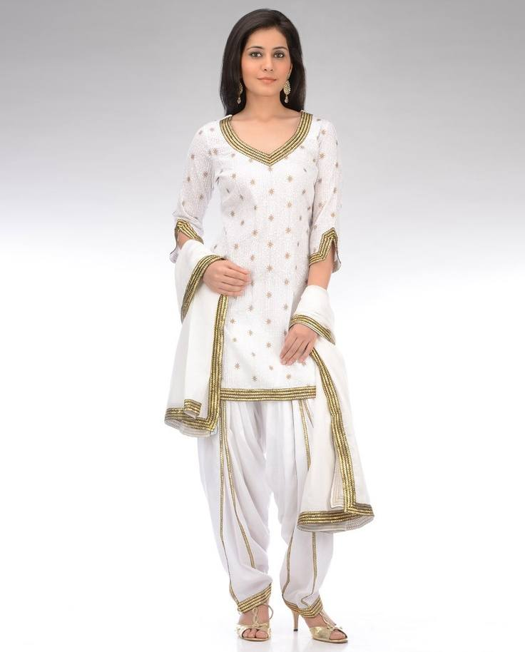 All-White-Patiala-Dress Classy Patiala Outfits-34 Amazing Ways to Wear Patiala Salwar