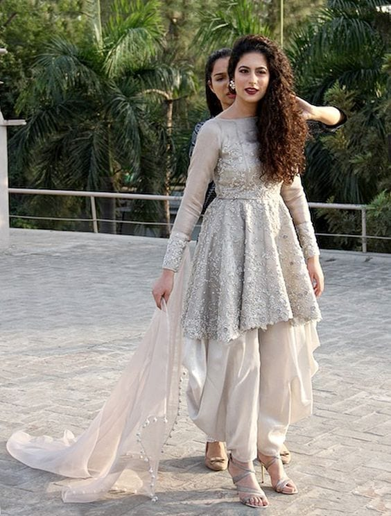 Patiala-Shalwar-With-Short-Frocks Classy Patiala Outfits-34 Amazing Ways to Wear Patiala Salwar