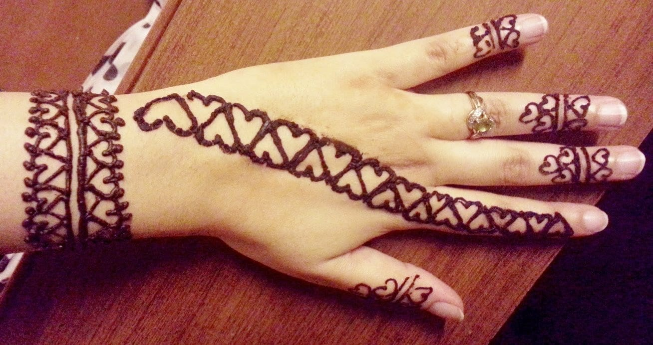 Mehndi Heart Design Simple : Heart shaped mehndi designs simple henna