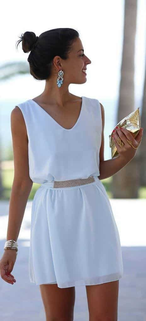 Funky-All-White-Look-for-Guests Funky Outfits for Wedding-30 Funky Styles for Wedding Guests