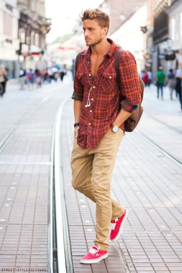 Funky-Summers-Street-Style 30 Funky Outfits for Guys Trending These Days