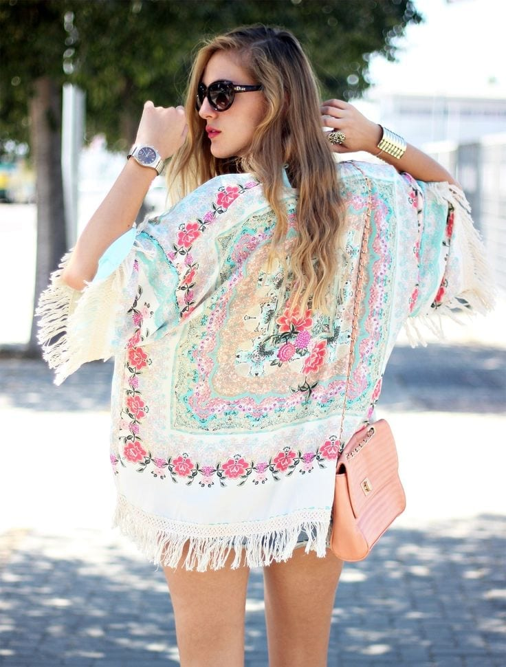 Multicolor-Kimono Funky Festival Outfits - 30 Funky Outfits for Girls to Wear