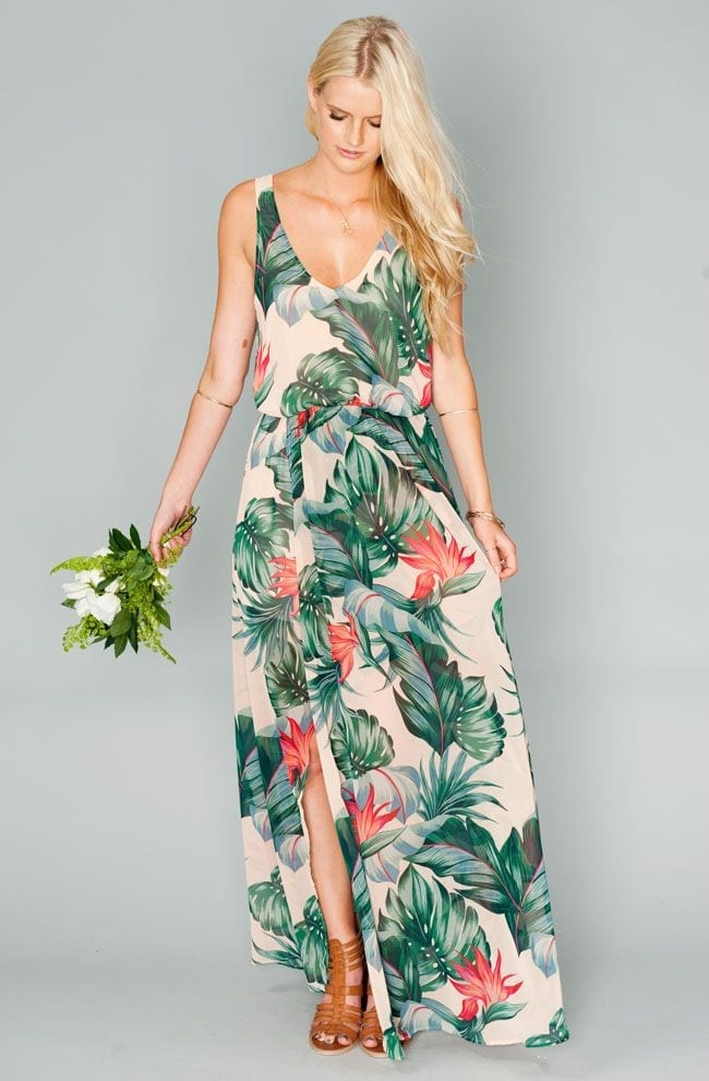 Tropical-Wedding-Dress-up Funky Outfits for Wedding-30 Funky Styles for Wedding Guests