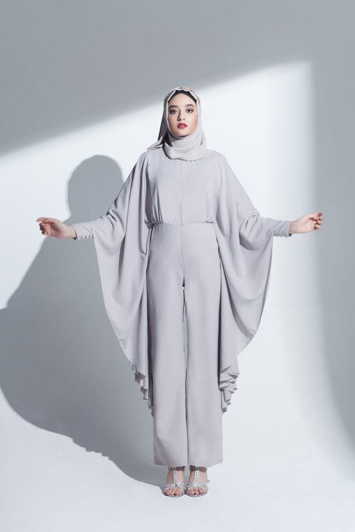 Modest-Jumpsit-with-Hijab Hijab With Jumpsuits - 16 Ways To Wear Jumpsuit With Hijab