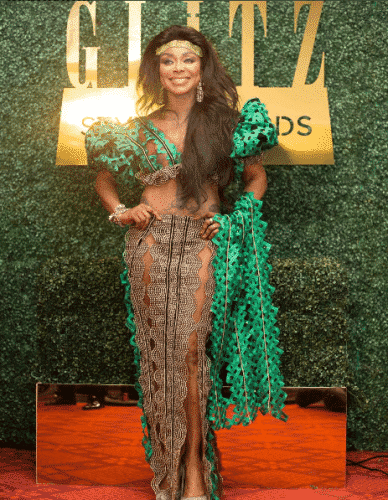 celebrity-style-kaba-and-slit-outfit-388x500 Ghanaian Women Kaba and Slit- 20 Beautiful Kaba Outfit Ideas