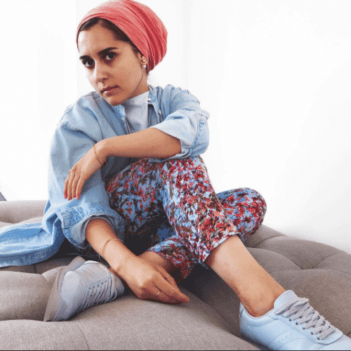 hijab-with-floral-pants-1-500x500 Hijab with Floral Outfits-20 Ways to Wear Hijab with Florals