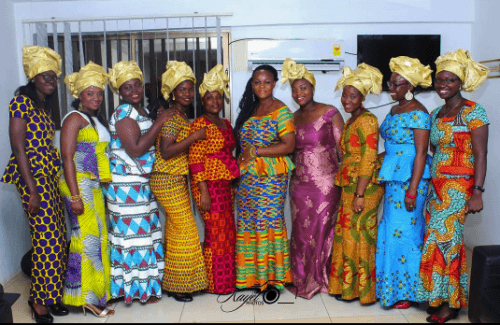 traditional-kaba-and-slit-outfits-500x325 Ghanaian Women Kaba and Slit- 20 Beautiful Kaba Outfit Ideas