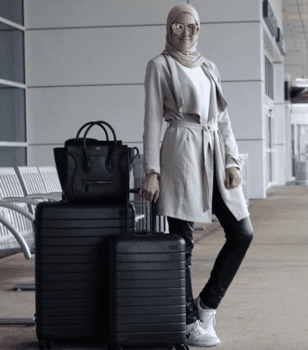 travelling-in-hijab-440x500 Travelling in Hijab-Top 20 Travelling Tips for Stylish Hijabis
