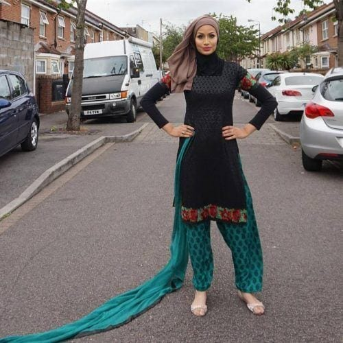 hijab-with-shalwar-kameez-500x500 21 Best Ways to Wear Hijab with Shalwar Kameez Elegantly