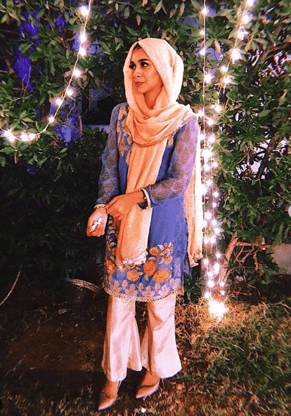 wear-your-dupatta-like-hijab 21 Best Ways to Wear Hijab with Shalwar Kameez Elegantly