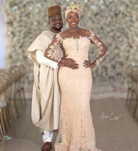 elegant-ivory-457x500 30 Latest Nigerian Dresses for Nigerian Brides 2019