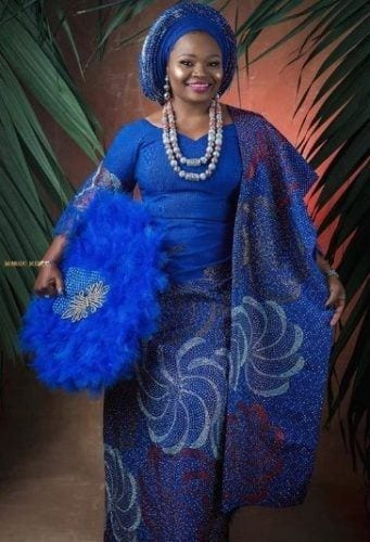 royal-blue-aso-ebi-341x500 30 Latest Nigerian Dresses for Nigerian Brides 2019