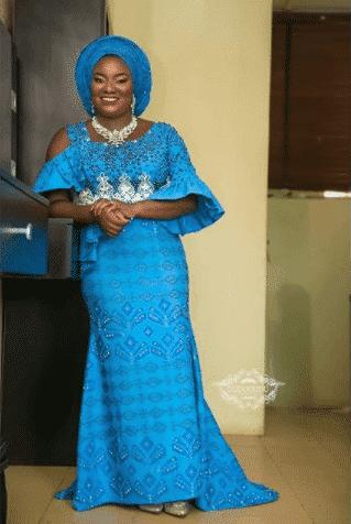 traditional-aso-oke 30 Latest Nigerian Dresses for Nigerian Brides 2019