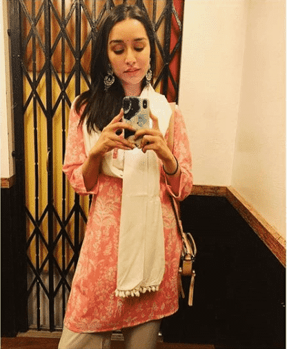 shraddha-kapoor-global-desi Top 12 Women Clothing Brands in India 2019 List