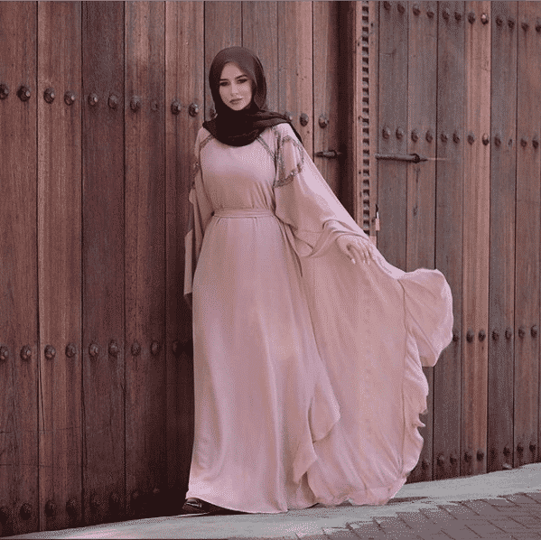 butterfly-sleeves-gown-with-hijab How to Wear Hijab with Gowns? 30 Modest Ways to Try Now
