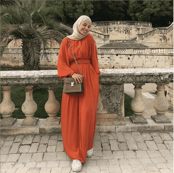 gown-and-hijab-look-for-a-casual-day How to Wear Hijab with Gowns? 30 Modest Ways to Try Now