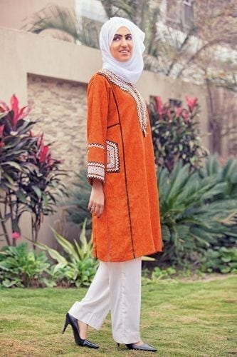 hijab-with-shalwar-kameez-4-333x500 15 Modest Ways for Women To Wear Shalwar Kameez Fashionably