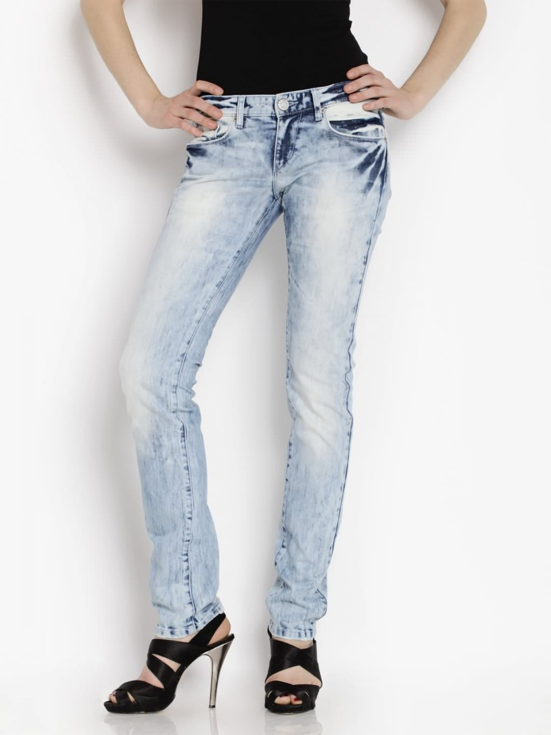 4 Lee Jeans. I would like very passionate looking jeans in leading jeans brands Very best fit for chubby guys Probably it was very fast reach to latest trends guys as well as girls.
