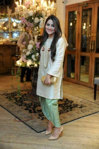 tulip-shalwar-kameez-332x500 15 Modest Ways for Women To Wear Shalwar Kameez Fashionably