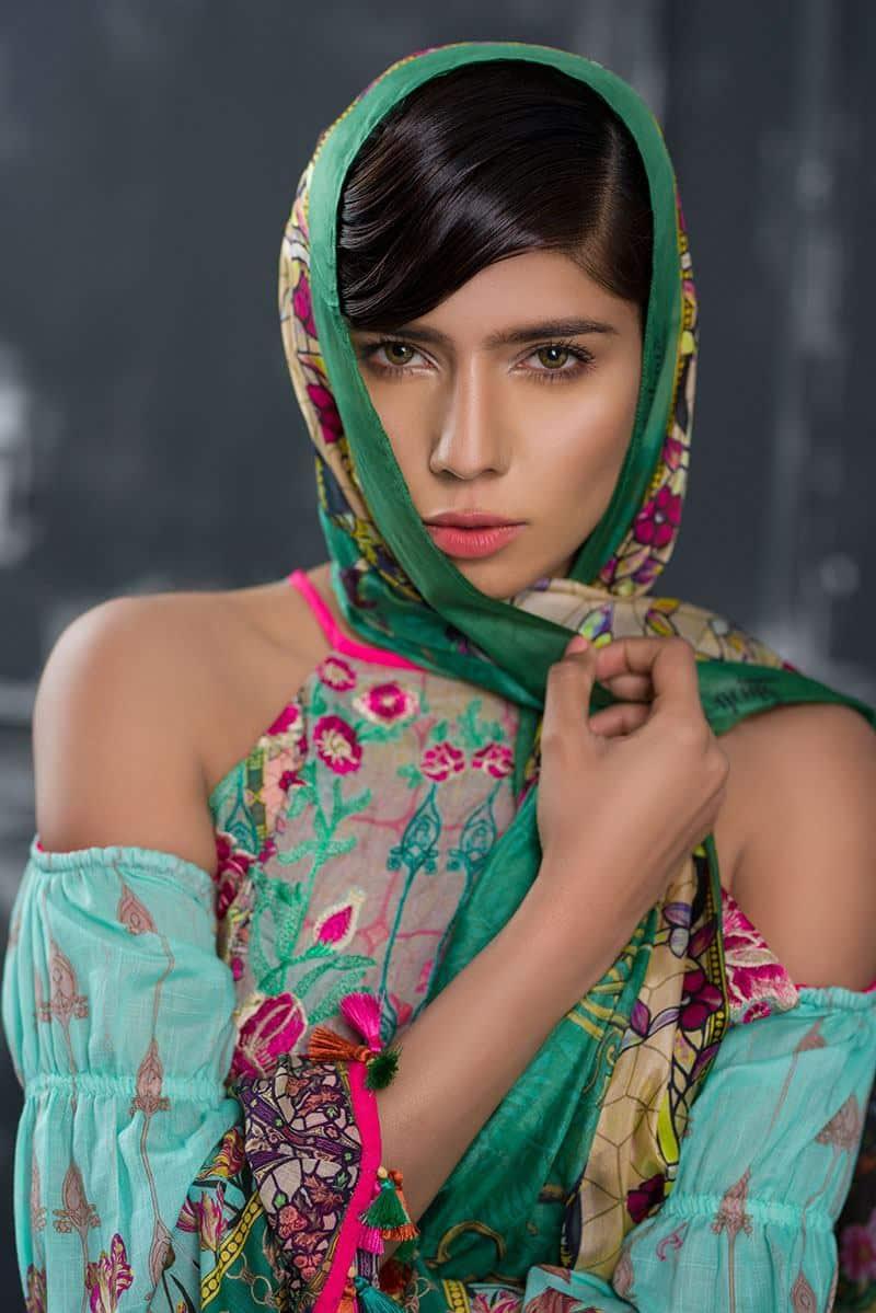 Top 10 Pakistani Female Models