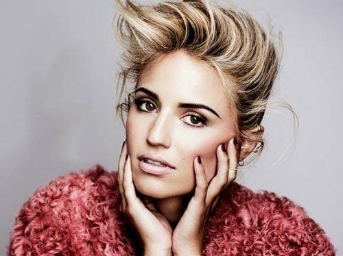 dianna-agron-cute-dp-500x374 Cute DPs of Jewish Girls – 30 Best Jewish Girls Profile Pics