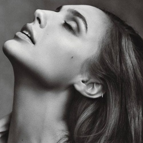 gal-gadot-cute-dp-500x500 Cute DPs of Jewish Girls – 30 Best Jewish Girls Profile Pics