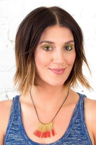 colored-mascara-and-two-tone-hair-333x500 6 Whimsical Festival Hair and Makeup Trends