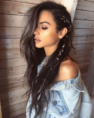 natural-makeup-and-metal-ringed-coachella-braid-400x500 6 Whimsical Festival Hair and Makeup Trends