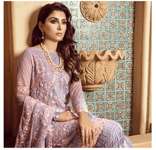 alkaram-top-fashion-brand 10 Best Pakistani Winter Clothing Brands For Women In 2020