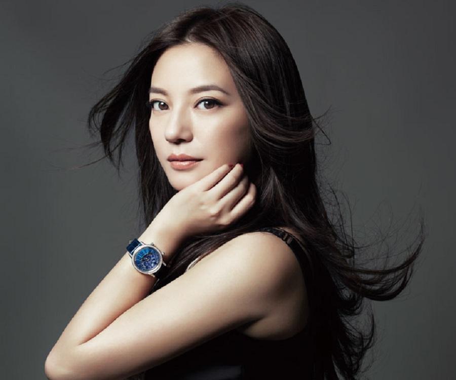 mostbeautifulasianwomen-19 30 Most Beautiful Older Asian Women 2019 Updated List