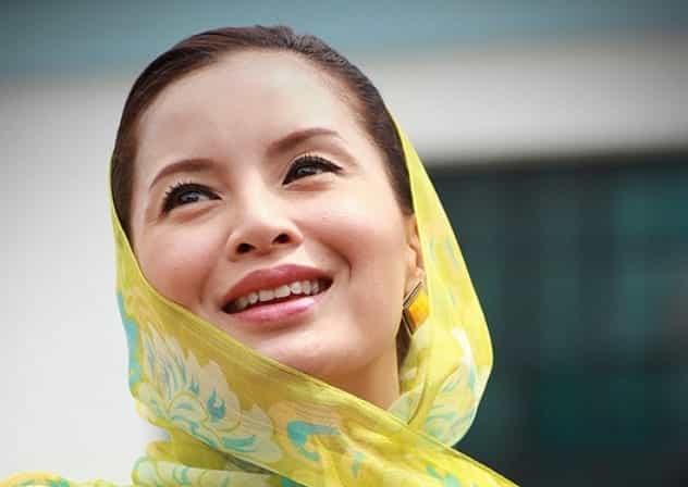 mostbeautifulasianwomen-22 30 Most Beautiful Older Asian Women 2019 Updated List