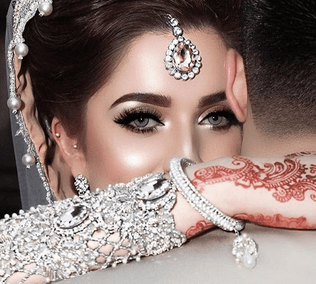 pakistanibridalaccessories-10 20 Must-Have Accessories for Pakistani Brides