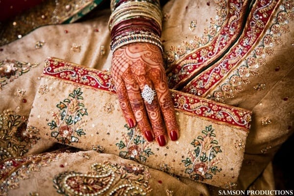 pakistanibridalaccessories-4 20 Must-Have Accessories for Pakistani Brides
