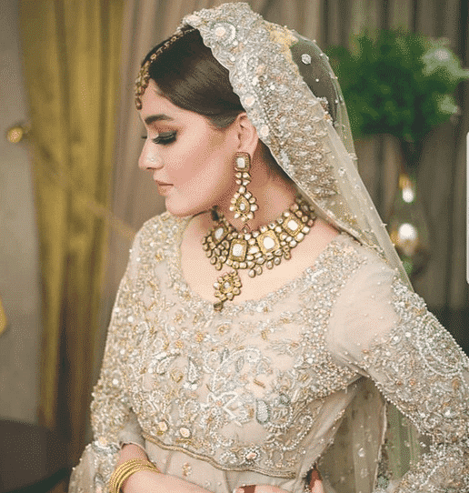pakistanibridalaccessories-6 20 Must-Have Accessories for Pakistani Brides