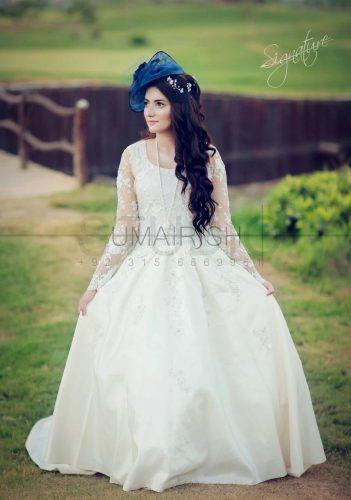 hair-accessories-pakistani-brides-4-351x500 20 Must-Have Accessories for Pakistani Brides