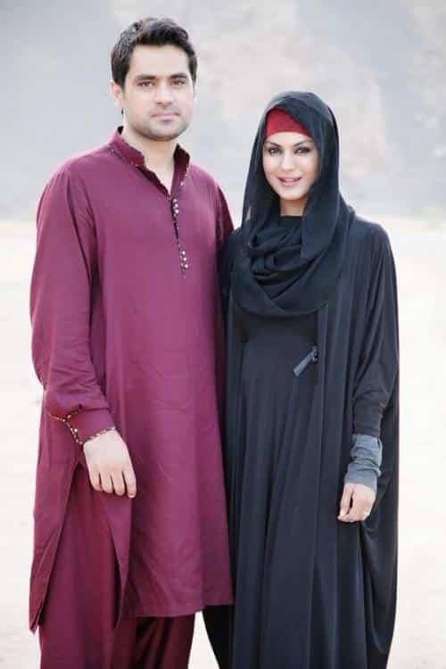 pakistani-actresses-in-hijab-18 25 Beautiful Pakistani Celebrities Wearing Hijab