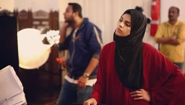 pakistani-actresses-in-hijab-3 25 Beautiful Pakistani Celebrities Wearing Hijab