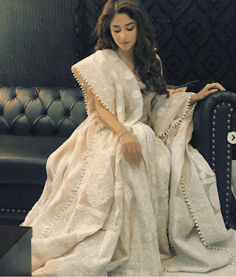 sajal-aly 24 Ways to Wear All White Outfits Like Pakistani Celebrities