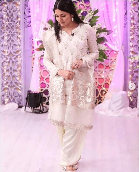 sanam-baloch 24 Ways to Wear All White Outfits Like Pakistani Celebrities