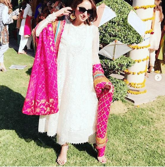 sarwat-gillani 24 Ways to Wear All White Outfits Like Pakistani Celebrities