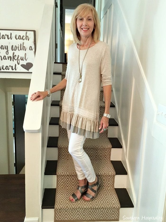 Tunic 20 Best Fall Outfits For Women Over 60 - Fall Dressing Ideas