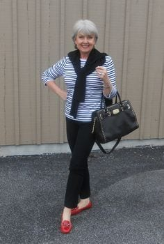 classic-style 20 Best Fall Outfits For Women Over 60 - Fall Dressing Ideas