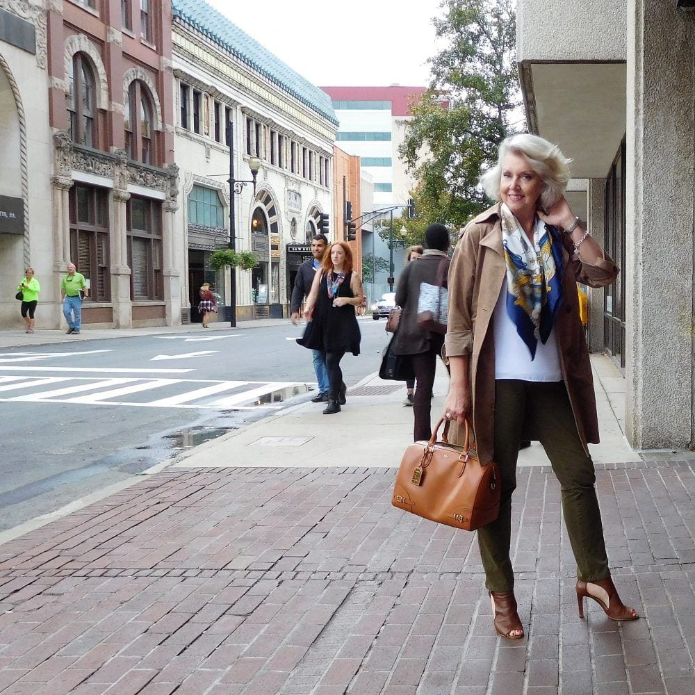 trench 20 Best Fall Outfits For Women Over 60 - Fall Dressing Ideas
