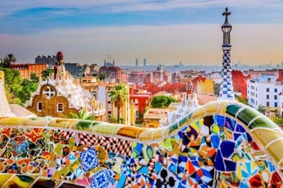 7 10 Ways to Fit in When Traveling to Spain