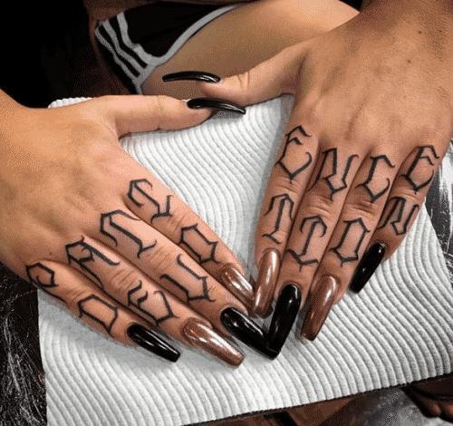 tatoo-for-skinny-girls-34-500x470 Tattoos for Skinny Girls - 30 Tattoo Designs for Slim Girls