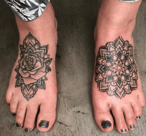 tatoo-for-skinny-girls-39-500x466 Tattoos for Skinny Girls - 30 Tattoo Designs for Slim Girls