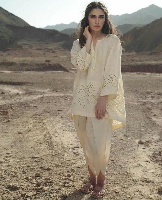 01 30 Ideas On How To Wear White Shalwar Kameez For Women